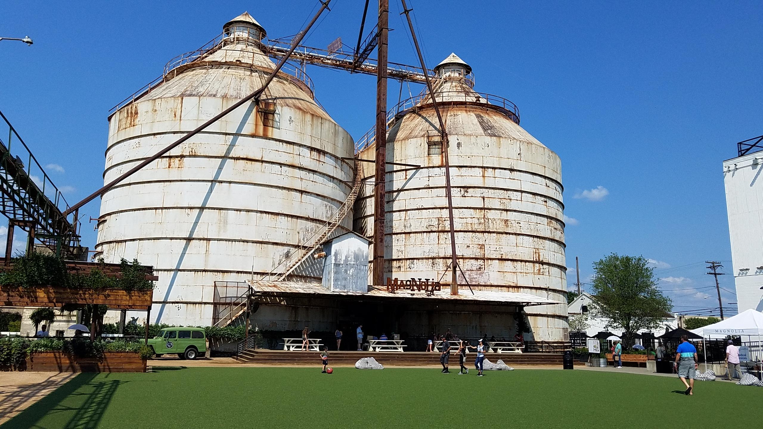 Magnolia_Market,_Waco,_TX